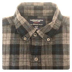 American Eagle mens XS plaid flannel button down